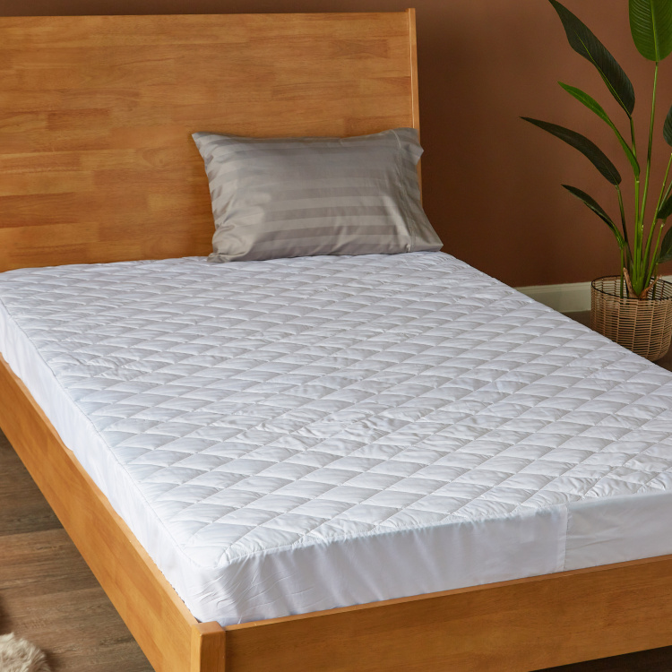 Microfibre Waterproof Queen Mattress Protector - 155x205 cm