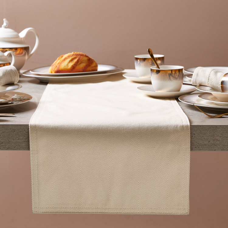 Richmond Table Runner
