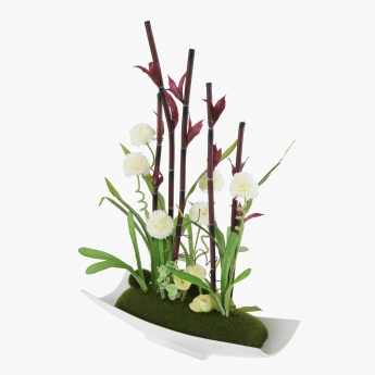 Alyssum/Bamboo with Plate
