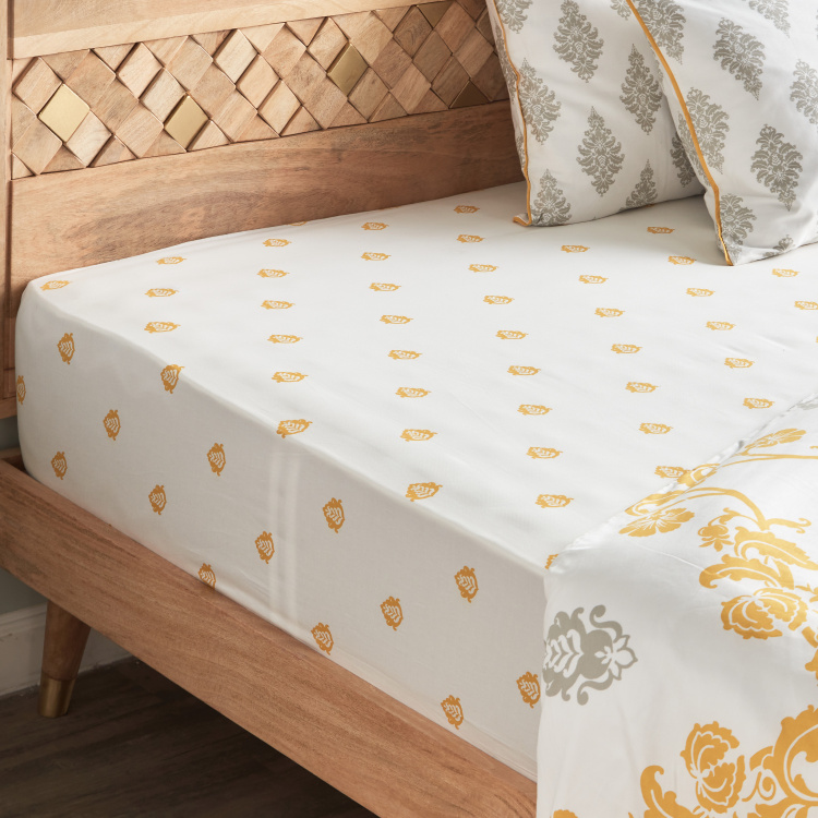 Carola Printed King Fitted Sheet - 180x210 cms