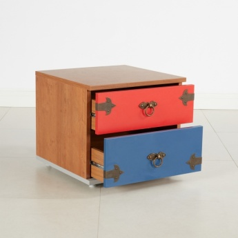 Little Pirate 2-Drawer Nightstand