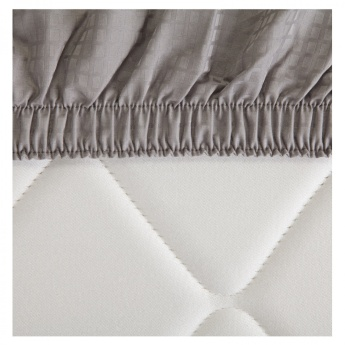 Indulgence Queen Fitted Sheet - 155x205 cms