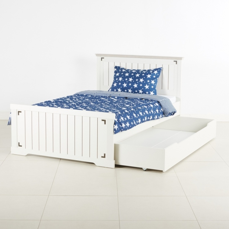 Leon Panelled Single Pull Out Bed - 90x190 cms