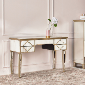 Casablanca 5-Drawer Dresser