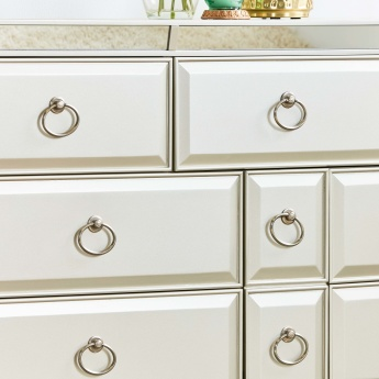 Majestic 8-Drawer Dresser