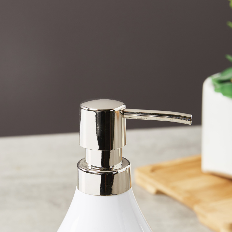 Cleanse Soap Dispenser with Scrub