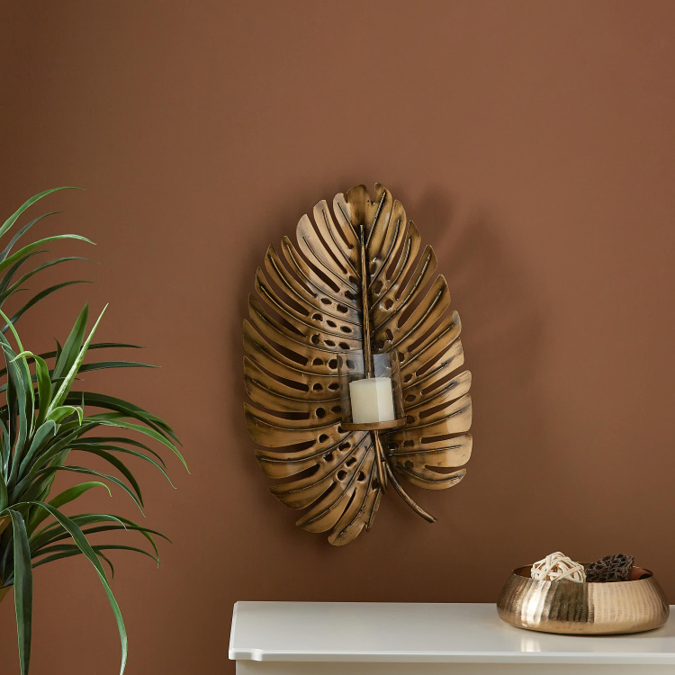 Delicious Delight Decorative Wall Sconce