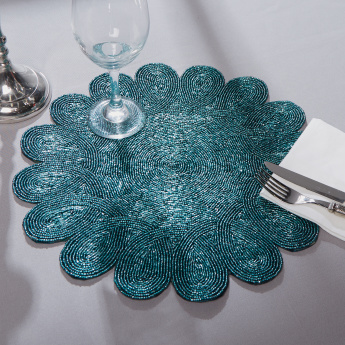 Scallop Beaded Placemat