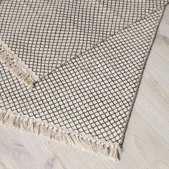 Carson Textured Dhurrie with Tassels - 60x90 cms