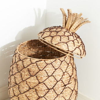 Woven Pineapple Shaped Basket with Lid