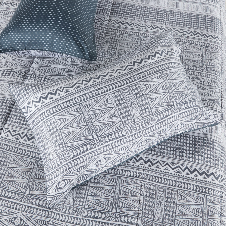 Baltic Tribal Printed 3-Piece Full Comforter Set - 160x240 cms