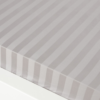 Satin Striped Full Fitted Sheet - 120x200 cms