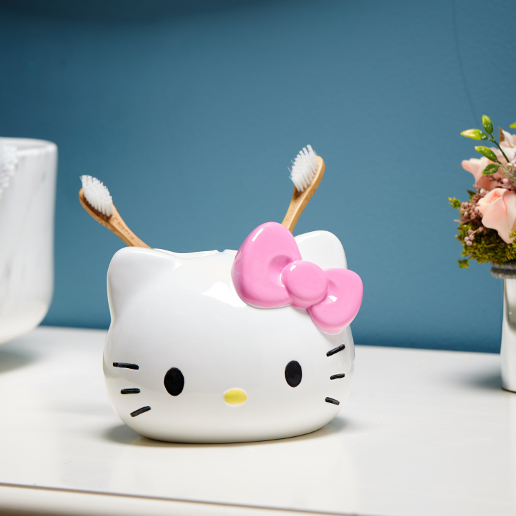 Hello Kitty Tooth Brush Holder